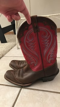 Pair of Women's Ariat brown leather cowboy boots