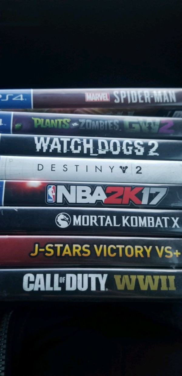 8 PlayStation 4 games 3285fc53-c976-4b71-917c-2b5273d69356