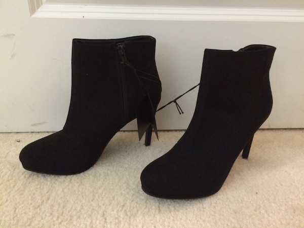 NWT Black Booties size 6.5