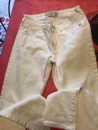 Abercrombie and Fitch white jeans  Mulberry, 33860
