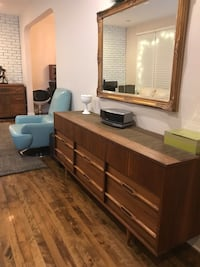 Mid-century commode Mont-Royal, H3R 1C3