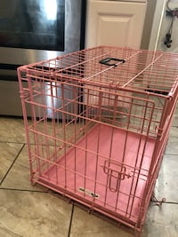 Small Pink Crate Charles Town, 25414