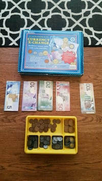 Canadian currency learning kit