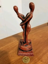 """Very unique hand carved piece 8"""""""