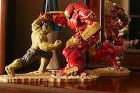 Hulk vs the Hulkbuster collectible statues.  Chantilly, 20152