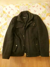 GUESS Slim Fit Zip Up Utility Jacket 28 km