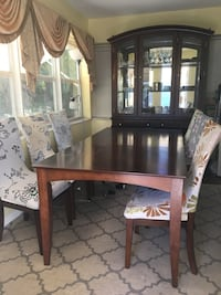 Dinning table with 6 chairs  Lantana, 33462