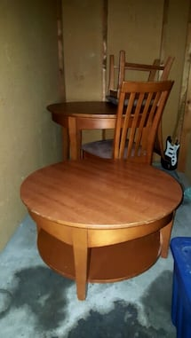 round wooden coffee &matching dining set