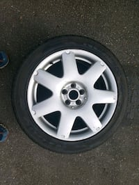 Volkswagen mk4 tires and rims 225/45 zr17 Vancouver, V6E 1H2