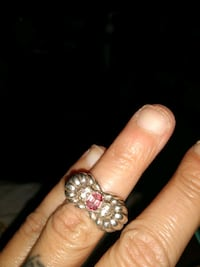 Stealing Silver ring with a pink stone