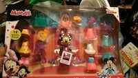 Minnie mouse snap toys