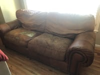 Free Couch Cottonwood Heights, 84121