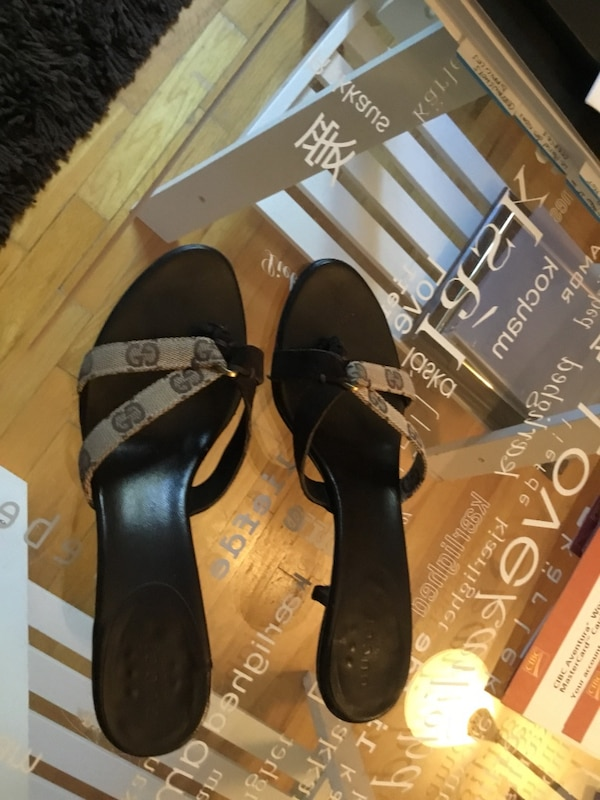 57980b5a1d4 Used Gucci Brown leather sandals heels for sale in Gatineau - letgo
