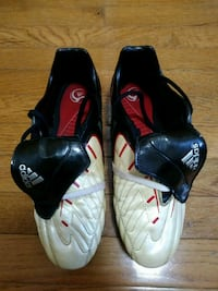 Soccer cleats Adidas Size 9.5 Brooklyn, 11219