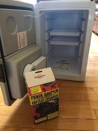 Portable fridge for the car and adapter  Montréal, H4M 1T4
