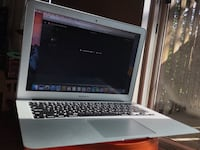 MacBook Air 13 inch Process  1.8 Ghz intel core i5,memory 8 gb 1600 MHz ddr3 serious inquiries only! Toronto, M2R 1Z7