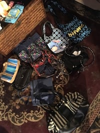 Assorted Purses and Bags 630 mi
