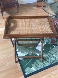 TOMMY BAHAMA like serving tray, bar. Tray is removable. Mint condition . Delray Beach, 33483