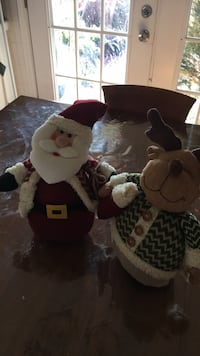 Santa clause and reindeer decorations Dallas, 75229