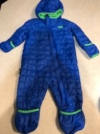 The north face baby boy snow suit Edmonton, T6M 0M3