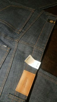 Jeans New size W31 L32 Queens