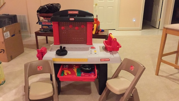 White, red, and black plastic kitchen playset
