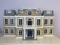 Calico critters huge mansion  Chantilly, 20152