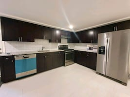 Completely Renovated 1 Bedroom Apartment for Rent
