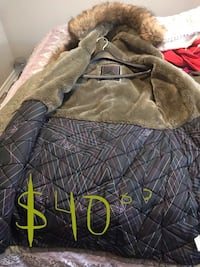 brown and black pet bed Toronto, M9P 2L6