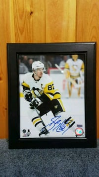 Sidney Crosby signed photo frame