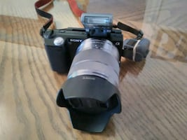 SONY A NEX5 with Extra Lens