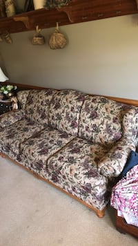 brown and white floral fabric 3-seat sofa Enon Valley, 16120