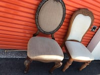 2 chairs like new I offer the delivery  Tampa, 33611