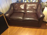 Dark brown real leather loveseat Laval, H7V 1B1