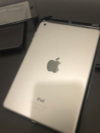 New ipad mini 2  $135