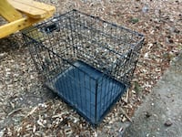 Collapsible medium sized dog crate  Milwaukie, 97222