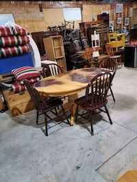 maple dinning set  Brampton, L6R 2S5