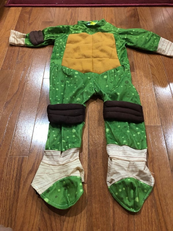 Ninja turtles Halloween costume 2t 2b0901e4-cd4a-46a7-9d95-dcdc495f098e
