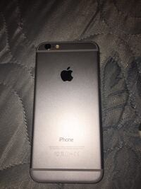 Silver iphone 6 with case Erin, L7J