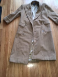 Ralph Lauren size 4 camel trench   Wood Dale, 60191