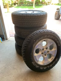 5 tires from 2015 Jeep Wrangler Vaughan, L4L 7J8