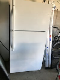 white top-mount refrigerator Clearfield, 84015