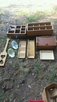 craft style items. $20 or best offer for all.  Bolivar, 25425