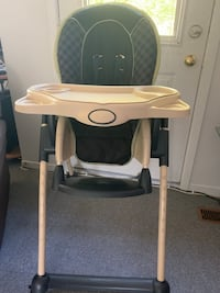 Eddie Bauer High Chair Kitchener, N2M 1R1