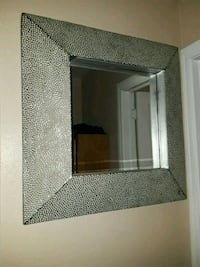 Two mirrors both for 80 dollars  Bakersfield, 93308