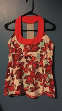 Lululemon top Red Deer, T4P 0C9
