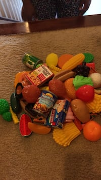 plastic food toy set Columbia, 21044