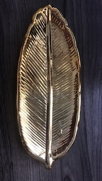 Gold feather jewelry holder Springwater, L9X