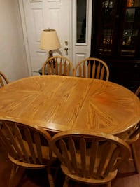 Dinning room table set Gaithersburg, 20879