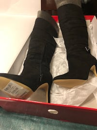 Boots.  Ladies tall GUESS boots brand new.  Never worn.  6.5 size.  Originally $259   Free delivery  London, N5Y 4A6